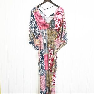 New Gigio Red Blue Floral Boho Size M Coverup